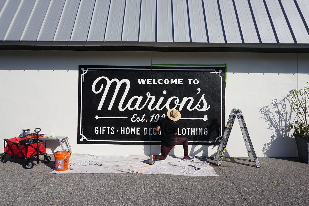 Leo-Gomez-Studio-Marions-Hand-Painted-Sign-06.JPG