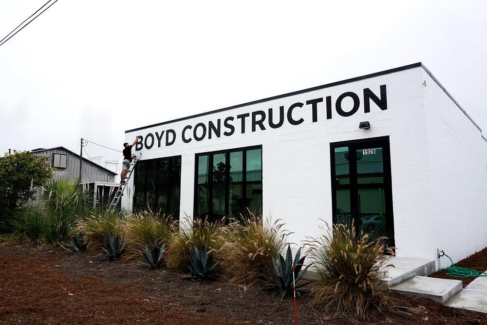 Boyd-Construction-Leo-Gomez-Studio-Hand-Painted-Sign-03.JPG