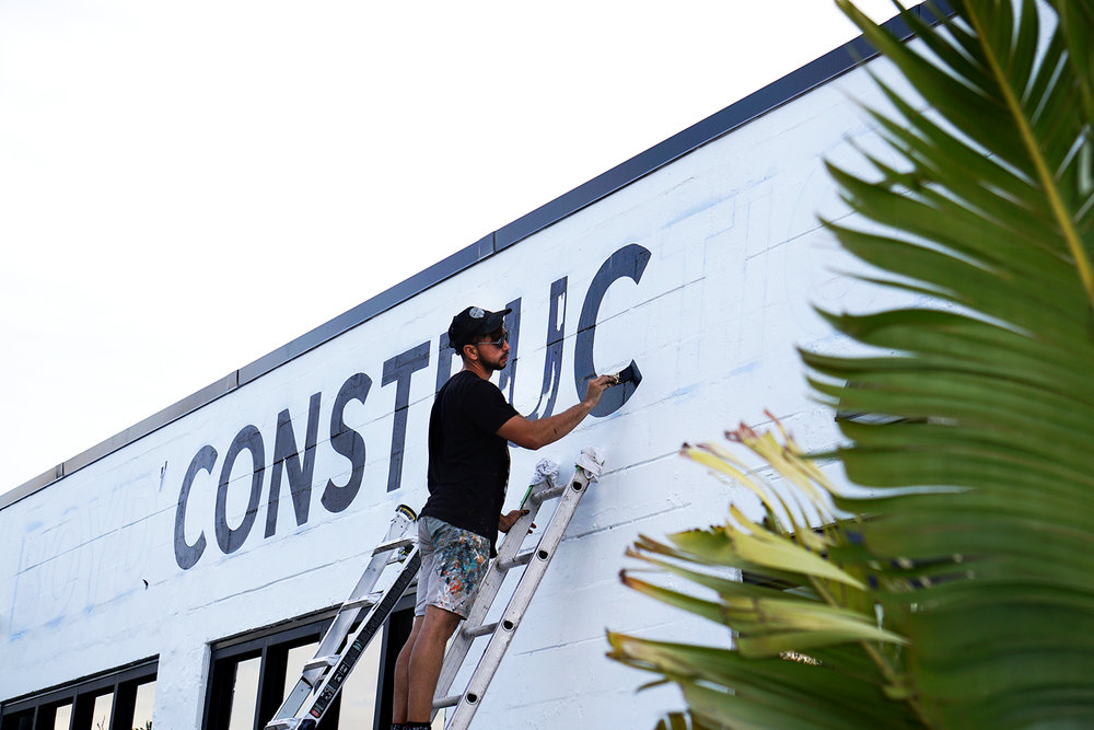 Boyd-Construction-Leo-Gomez-Studio-Hand-Painted-Sign-01.jpg