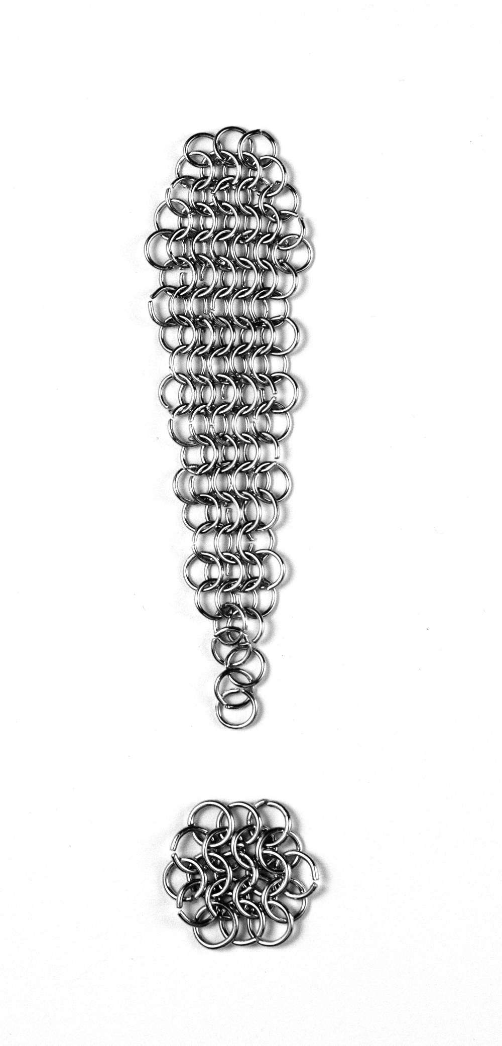 Chainmail Typeface -