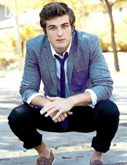In the Hot Seat with Beau Mirchoff