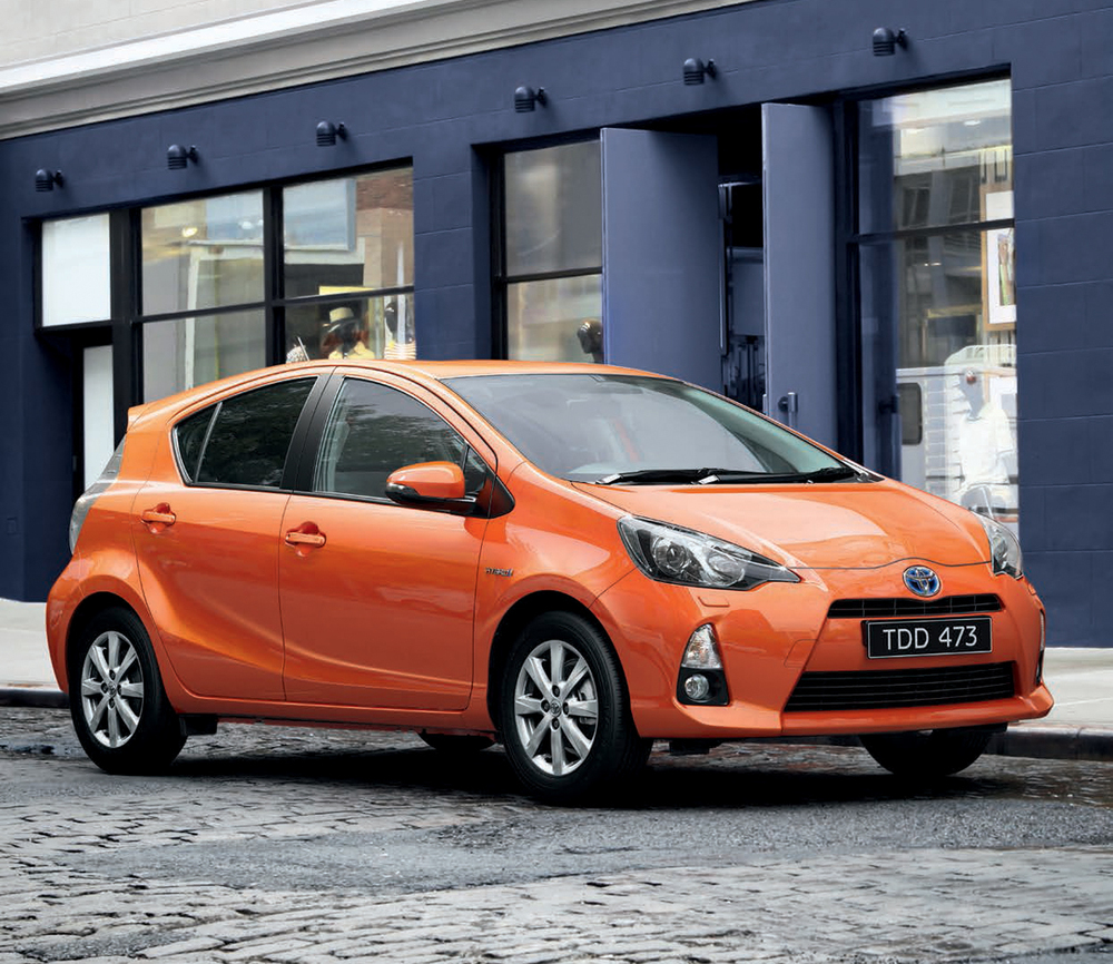 electric_art_prius-c-brochure_sdw.jpg