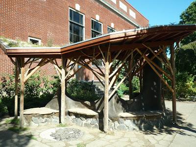 Sunnyside Environmental School Gateway with Cob Bench & Kiosk