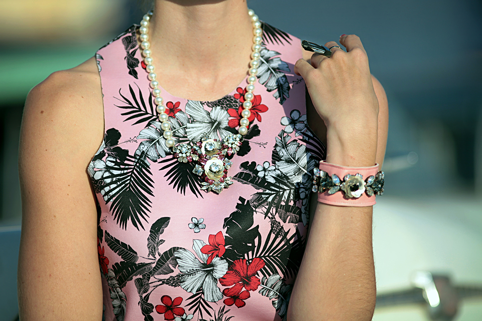 fashion-blogger-johannesburg-daryalondon-style-blog-stylish-ootd-prada-vintage-003.jpg