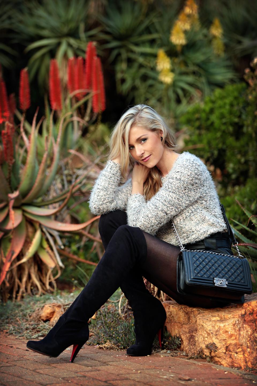 amandacusto-fashionblogger-yde-zara-leather-shorts-chanel-leboy-blonde-blogger-southafrica-006.jpg