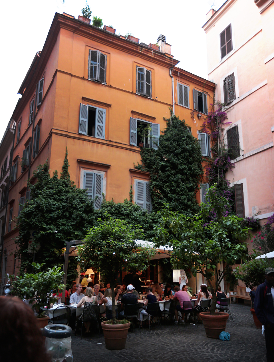 rome-italy-travel-blogger-amanda-custo-best-bloggers-johannesburg-south-africa-best-places-in-rome-007.jpg