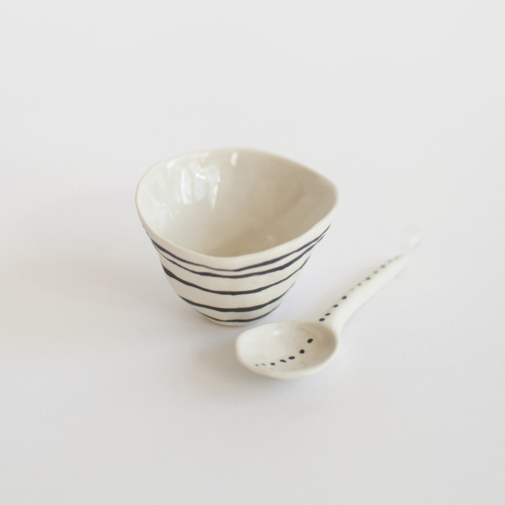 a mano-suzanne sullivan-porcelain-clay-pottery-ceramics-salt cellar-handmade-stripes-2.jpg