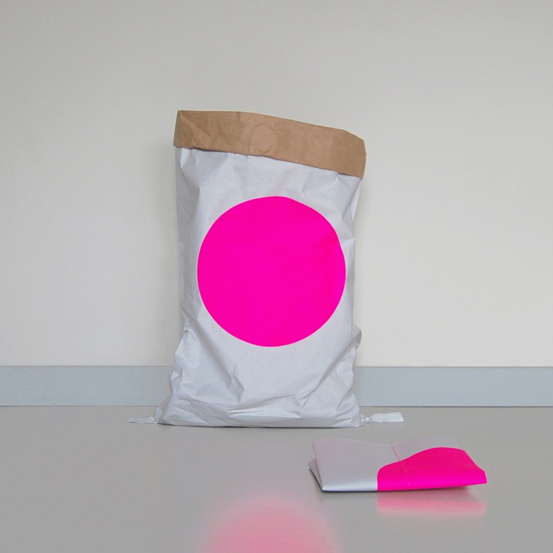 kolor_dot_paperbag_papiersack_l01.jpg
