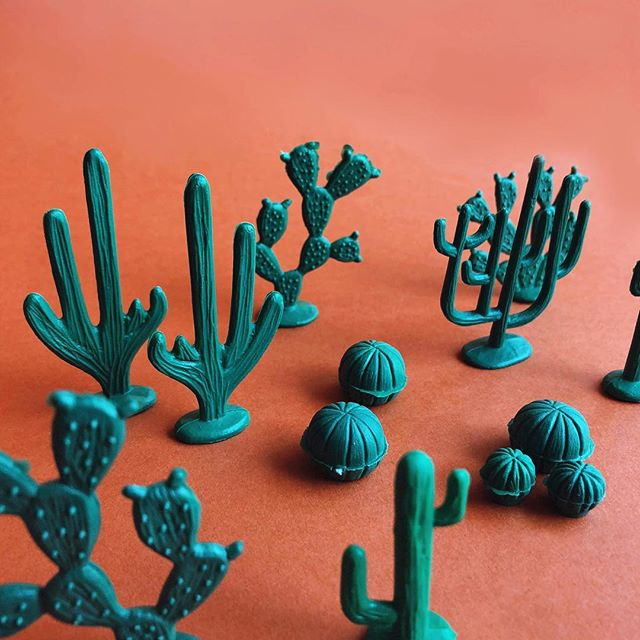 Only one set available of this sweet little cacti set in a jar from @utilitariomexicano 💚