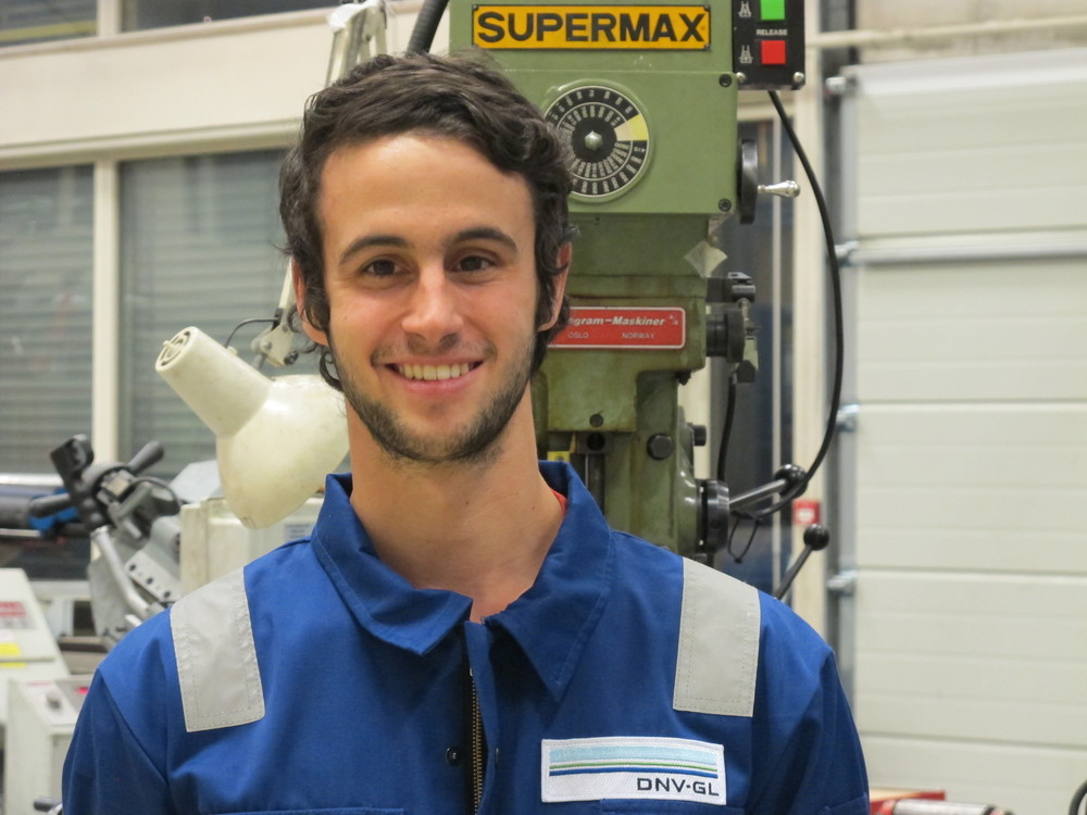 Maxime Barbot – Mechanical Engineer (winter semester 2015) Studies: Mechanical Engineering Home university: IFMA Clermont-Ferrand Hometown: Clermont-Ferrand, France