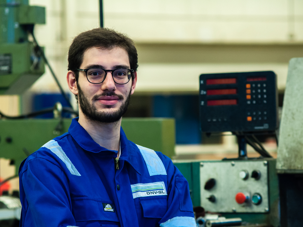 Enrico Cobelli - Fuel Cell expert Field of study: Energy Engineering Home university: Politecnico di Milano Hometown: Sirmione, Italy
