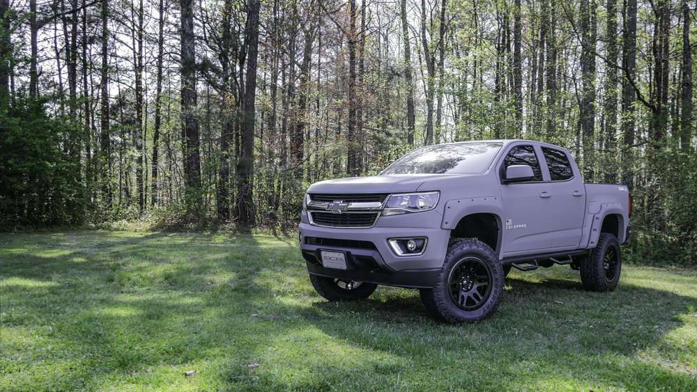 Chevy Colorado AFBW Gray.jpg