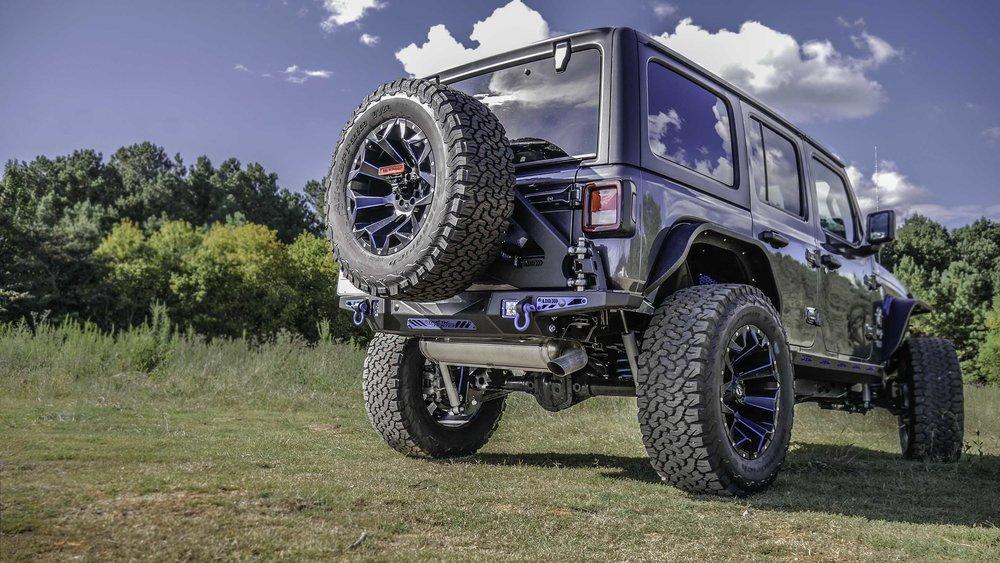 Jeep JL Black Widow Granite and Blue.jpg