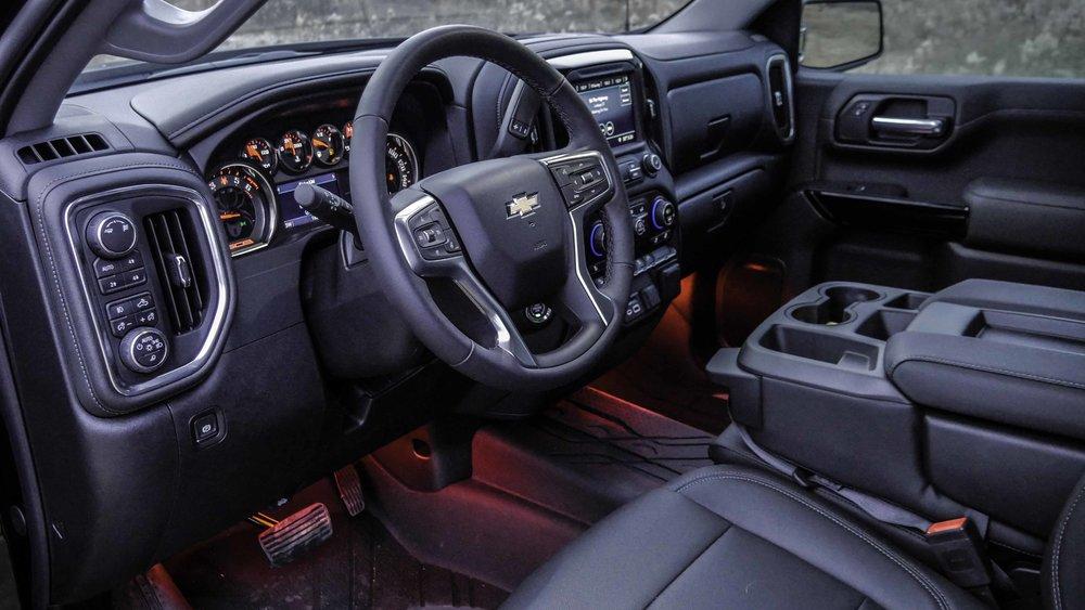 2019 Chevy Black Widow Interior.jpg