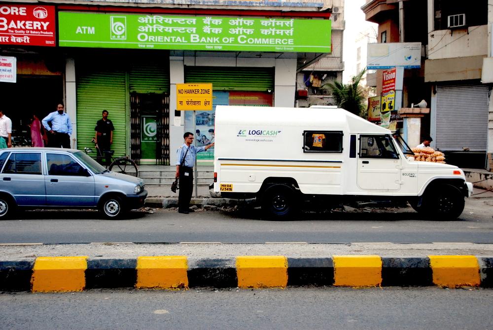 De geldtrucks van LogiCash in India