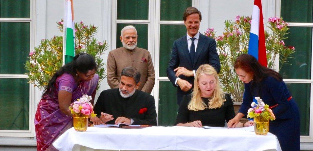 Indiase ambassadeur biedt Nederlandse bedrijven hulp aan
