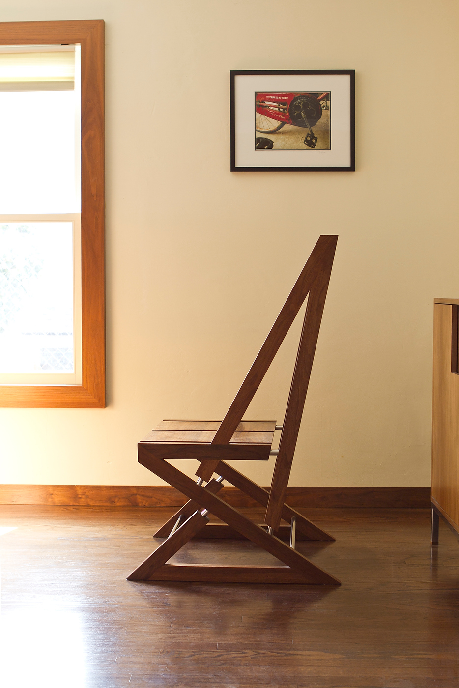 furniture-chair-thing-01.jpg