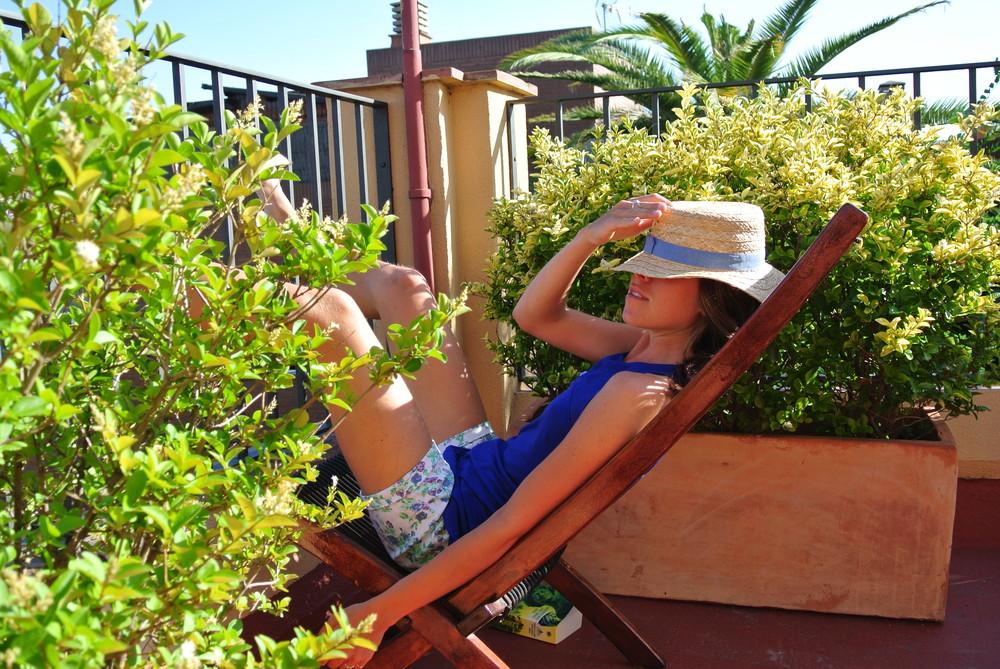 Solig siesta under en semester i Barcelona för några år sedan. Foto: Sofia Nilsson
