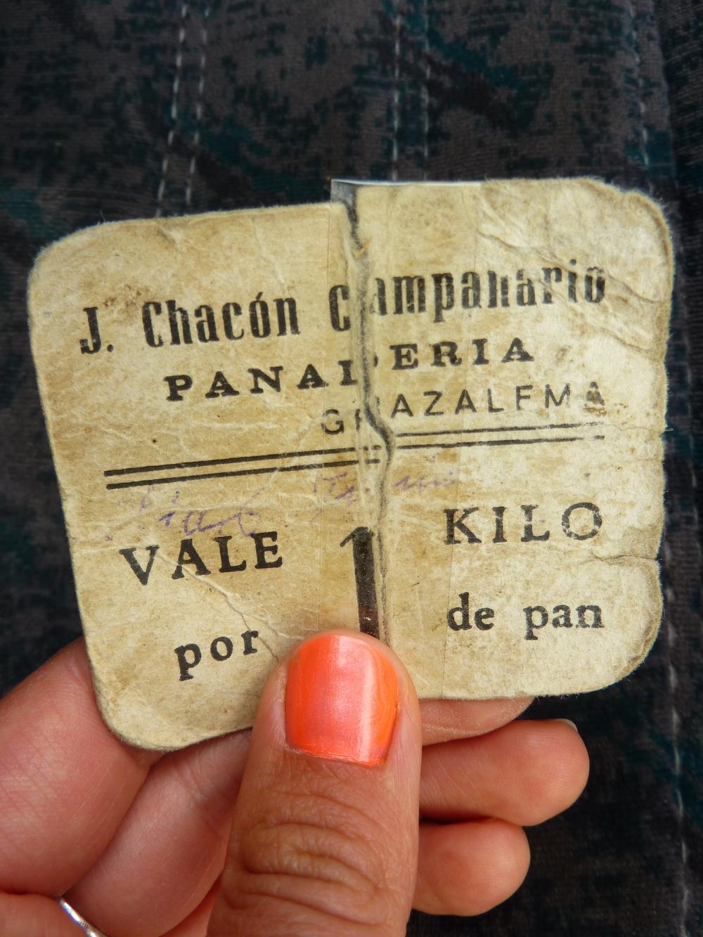 Brödbiljetter används fortfarande istället för pengar