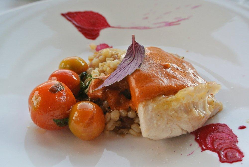 Fisk med chilenska gryn och chilisås