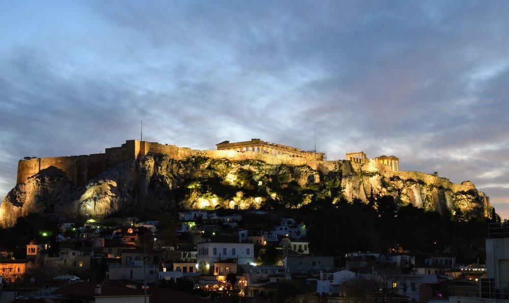 Gudalik gloria över Akropolis.