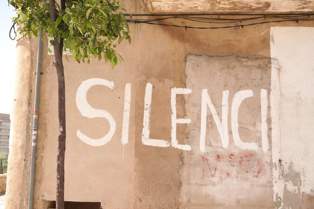 """""""Tystnad"""" - ett ord som säger mycket, framförallt i yogavärlden."""