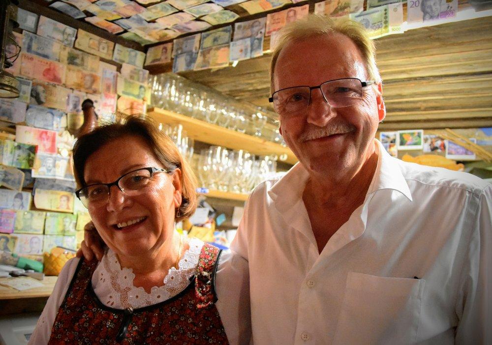 Kocken och servitören är både kollegor och äkta makar.