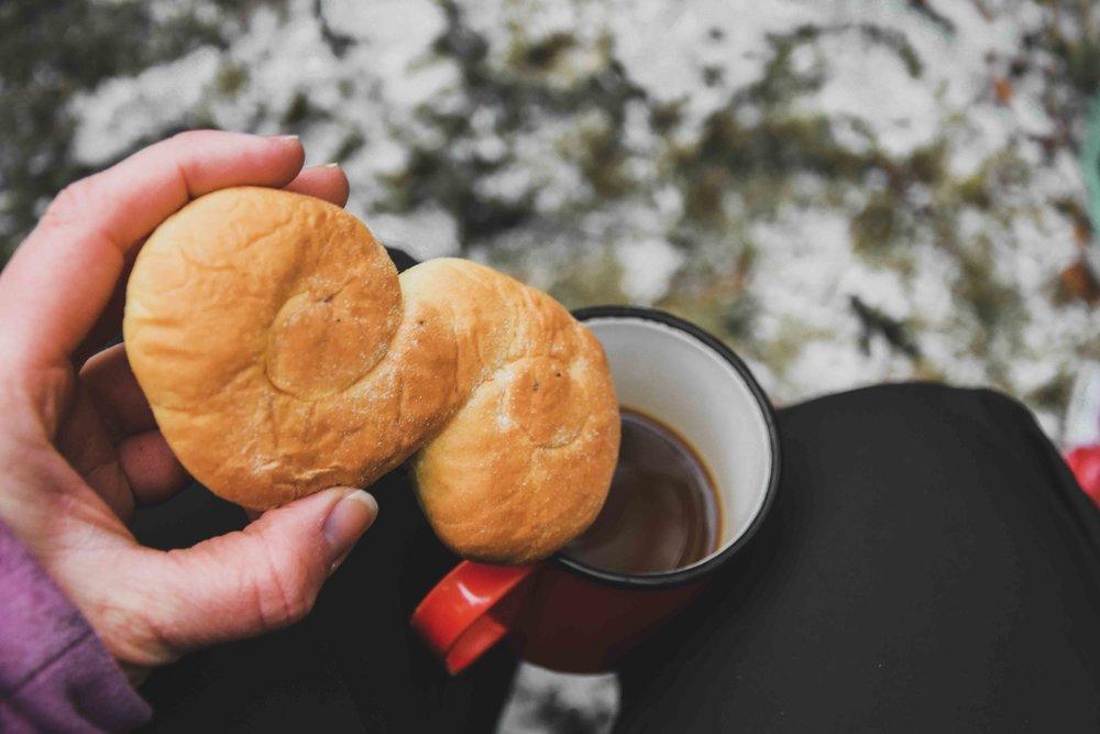 Lussebulle och kaffe