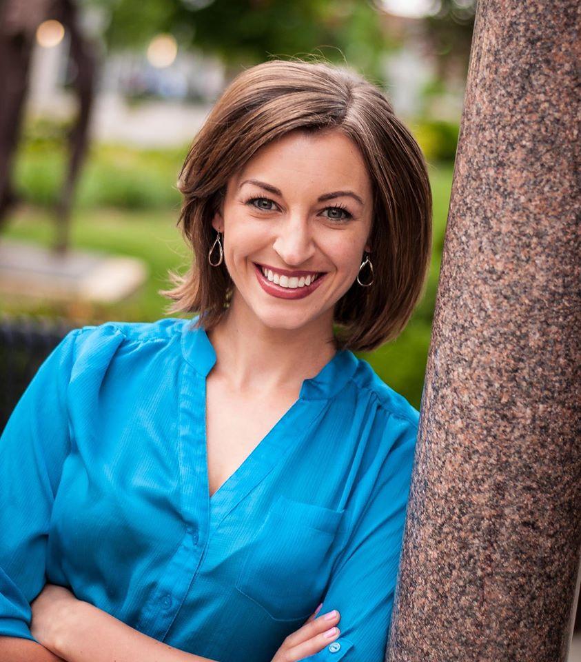 Cynthia Bio Pic.jpg