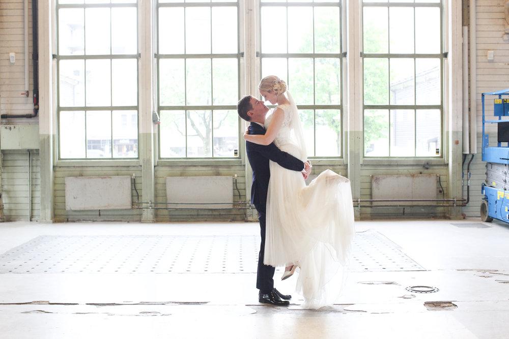 Mitt Bryllup er landets ledende kilde for alt som handler om bryllup; bryllupsmesser, nyheter og inspirasjon.