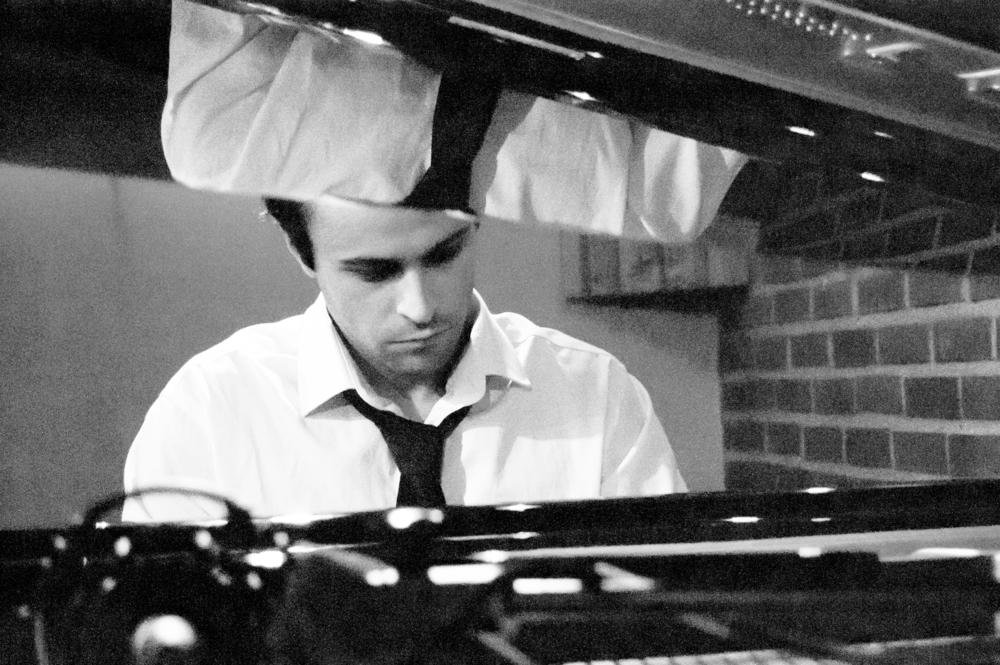 Ben Rando, piano