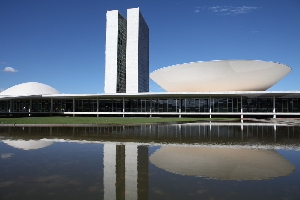 Congresso Nacional de Oscar Niemeyer em Brasilia, Foto Jason Baumann