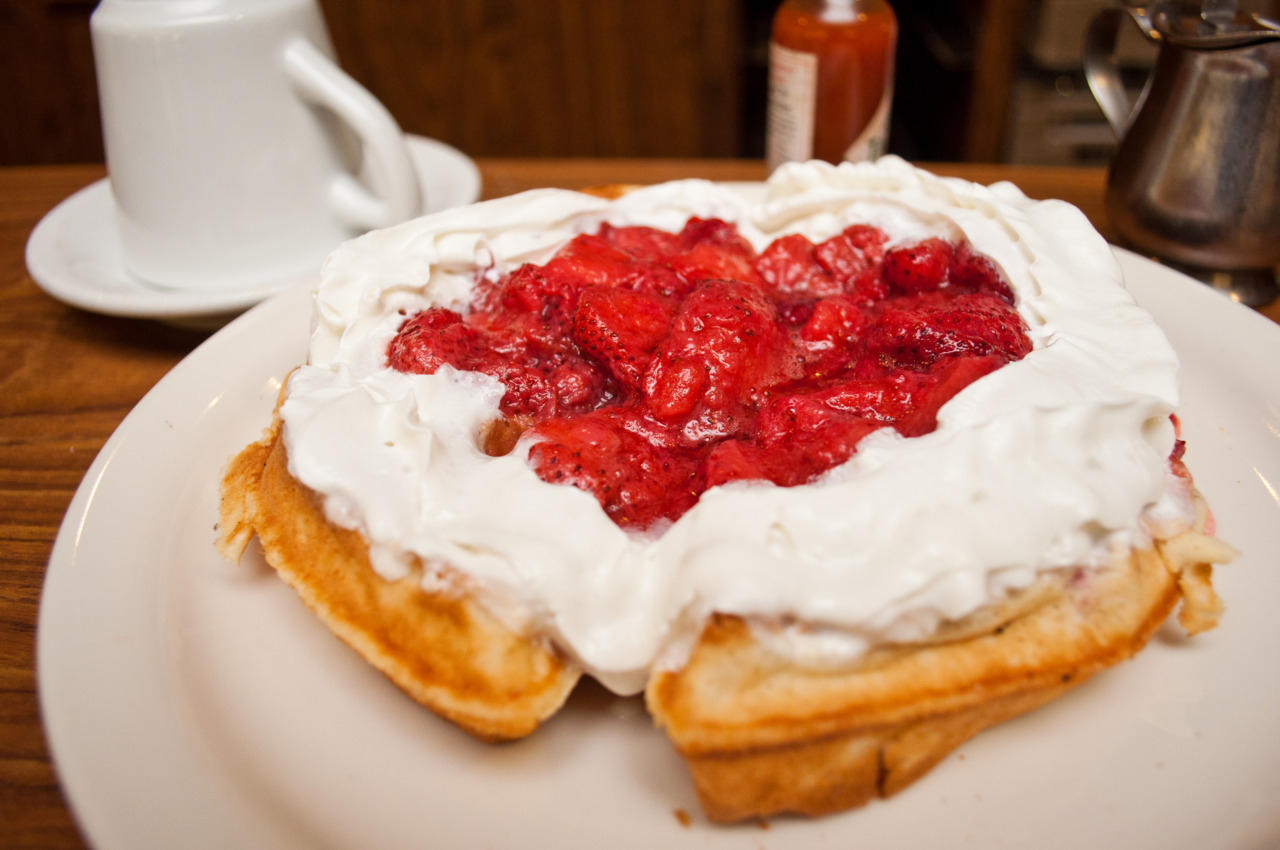 Strawberry Waffle @ Colonial Kitchen in San Marino   Thanks for the photo  mini me !