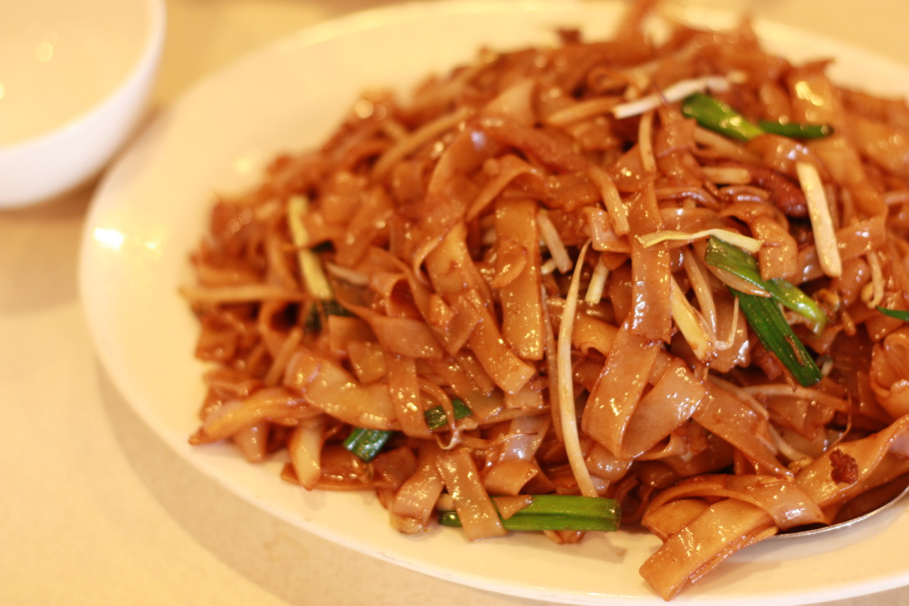 Fried Rice Noodle With Beef @ Sam Woo in San Gabriel