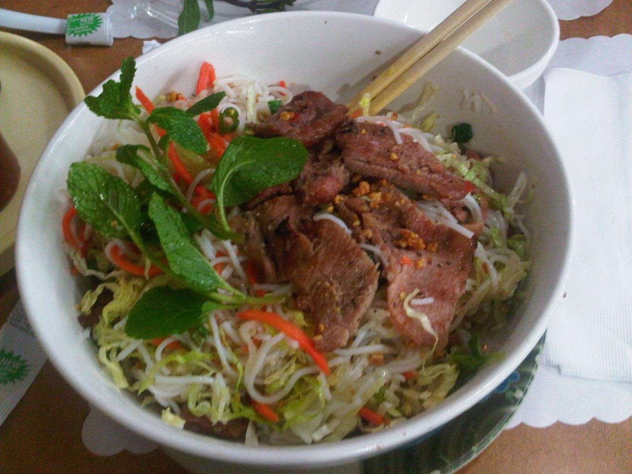 BBQ Pork Vermicelli @ Banh Mi Cali Che Cali