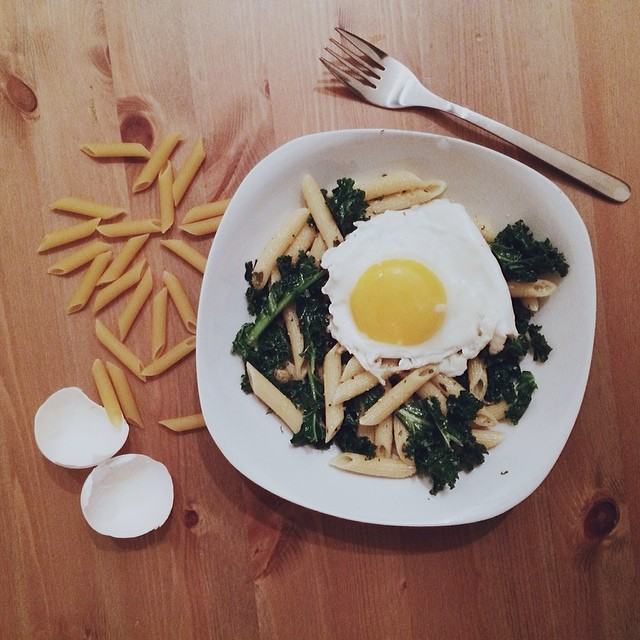 It's 7o'clock. Must be dinnertime somewhere. #egg #kale #foodie #vscocam