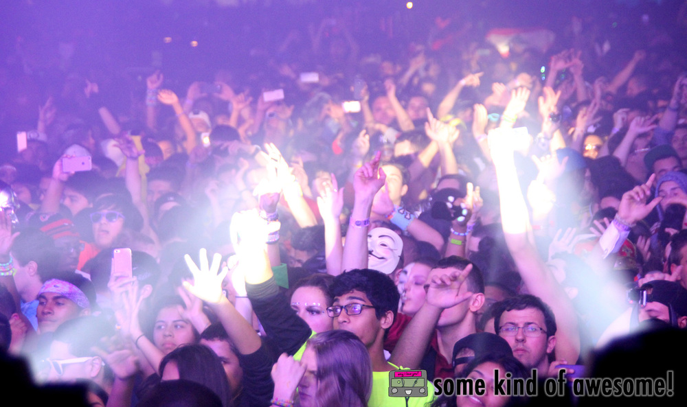 DonDiablo_Crowd_WM.jpg