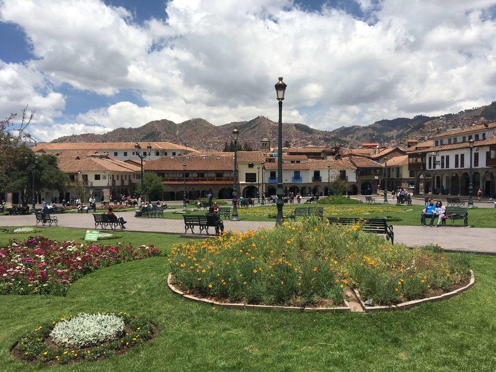 plaza (2).JPG