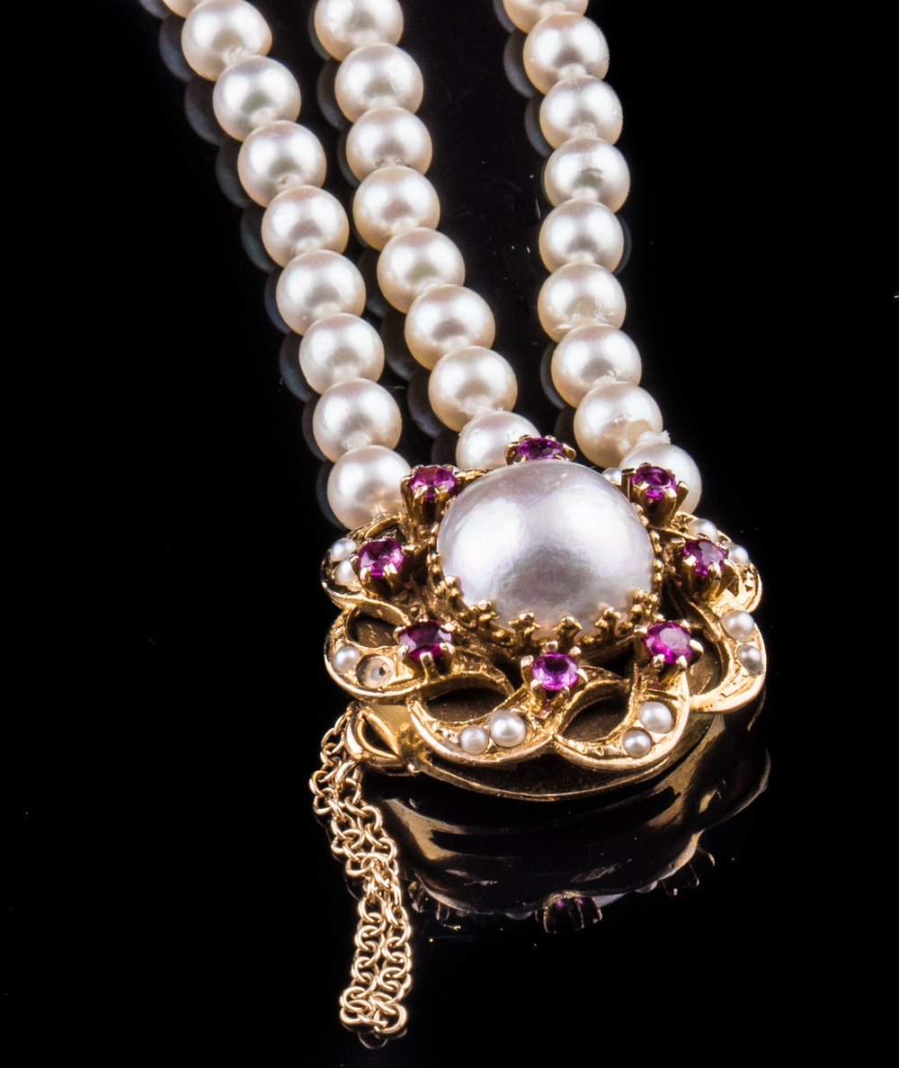 1940s 14kt mabe triple strand pearl bracelet with rubies and seed pearls