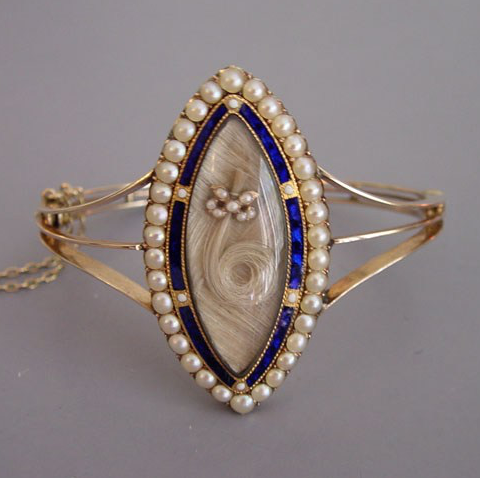 Victorian Sentimental Jewelry03.png