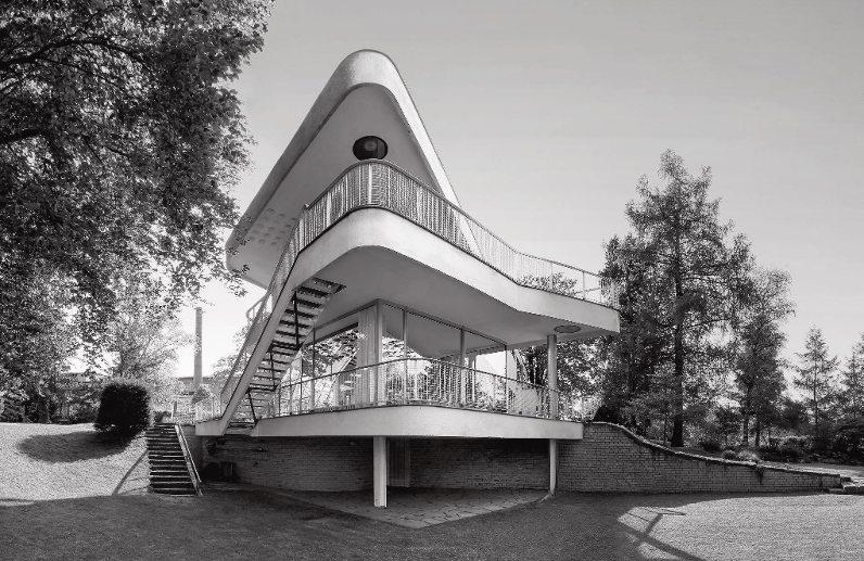 Jean Molitor: Haus Schminke im sächsischen Löbau, Architekt: Hans Scharoun 1932/33, 60 x 90 cm, C-Print kaschiert auf Alu-Dibond
