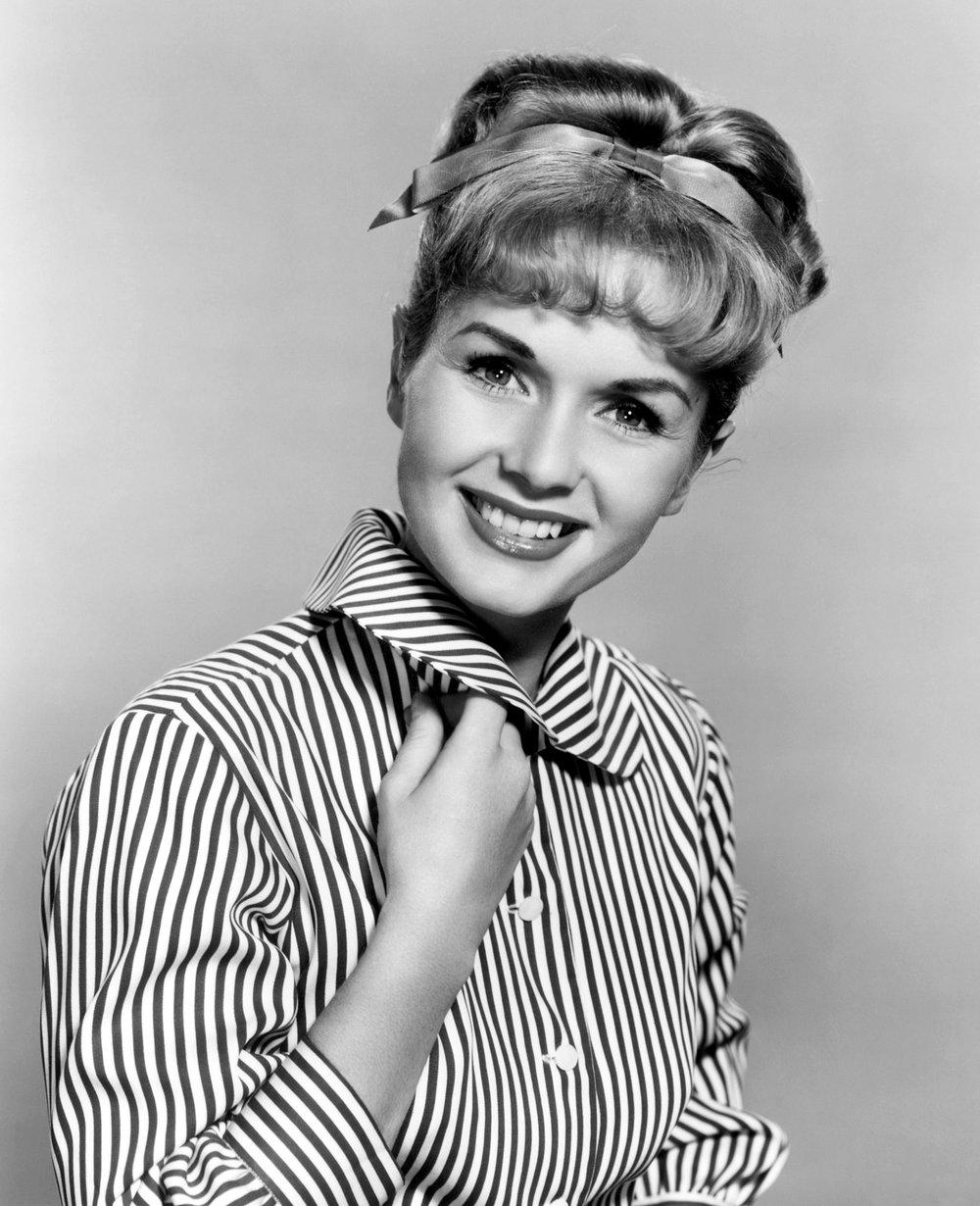 Debbie Reynolds - Mason Report®.jpg