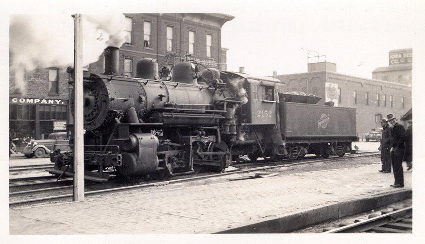 Chicago NorthWestern steam engine 2152 derailed somewhere near East Village due to defective switch.