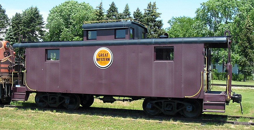 """Chicago Great Western """"Lucky Strike"""" logo on a caboose."""