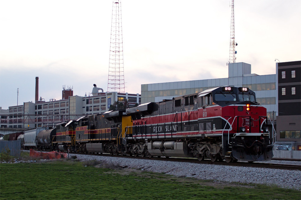 IAIS engine 513, painted to commemorate the CRI&P line it replaced. This engine can sometimes be seen hauling east and west through Des Moines on the old Rock Island main line.