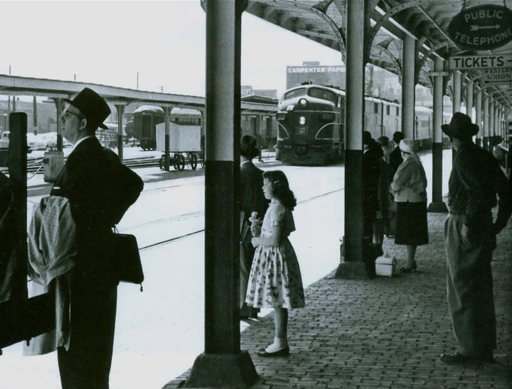 Passengers awaiting their Rocket. Photo circa 1960.