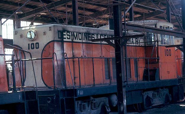 DM&CI engine 100, mothballed at the Marshalltown C&NW yard shortly after purchase. Photo circa 1969.