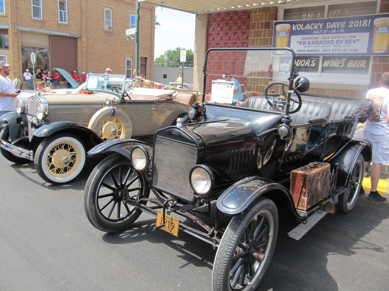 Classic Car Show Kolacky Days Montgomery MN - Homemade car show trophies