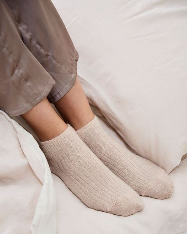Needing these @baserange socks to see off this morning's chill in Melbourne. They're a perfect pair for our blush pink sheeting and duvet set ❄️ 🔥 💤
