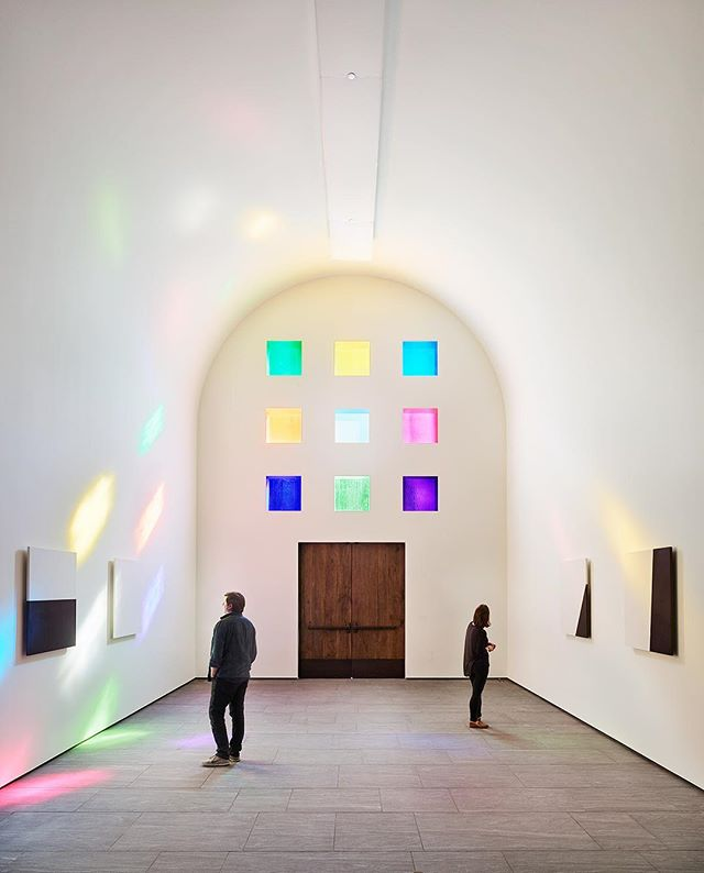 Ellsworth Kelly: Austin, Texas, 🇺🇸. More on this modern masterpiece via our website.